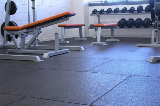 Image result for tấm cao su phòng gym